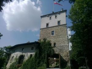 Korzkiew -  Zamek